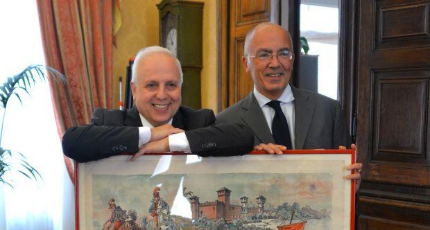 Gli studenti entrano in Archivio - Libri, documenti e carte della collezione Albera all'Università di Torino - Dott.Albera e Rettore Ajani